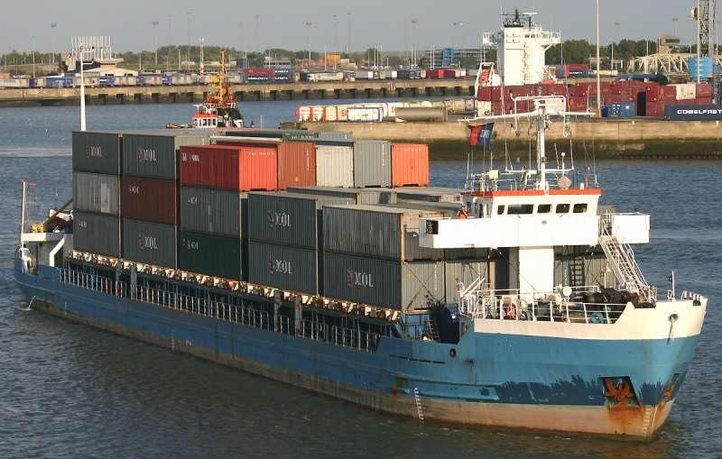 200 / 250 TEU sea / river container vessel