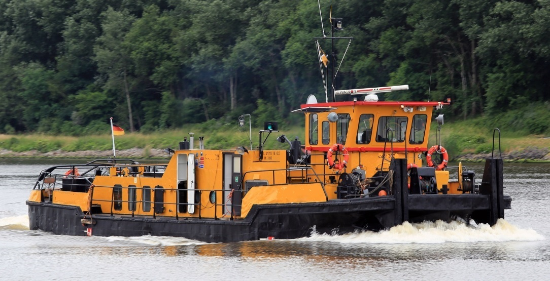 Pusher tug for sale